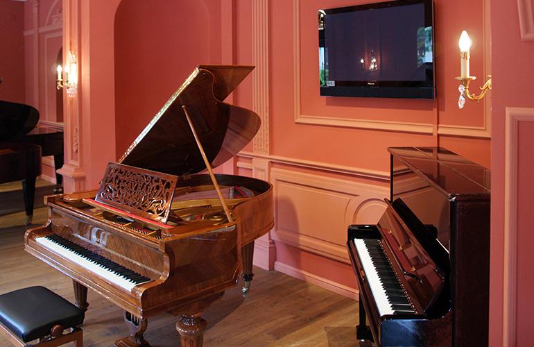 montreux-pianos-5.jpg