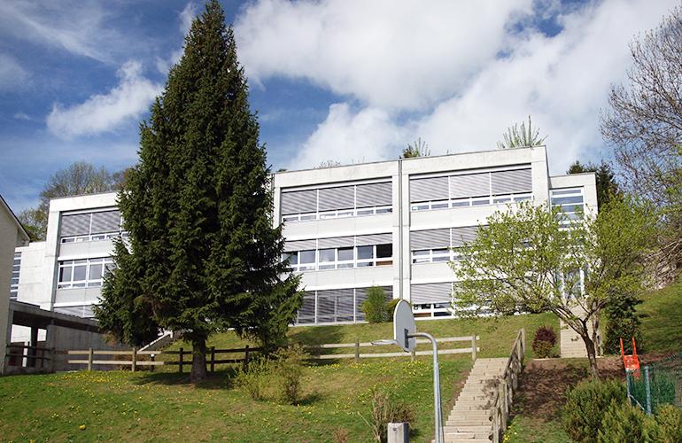 chatel-st-denis-ecole-bourg-1.jpg